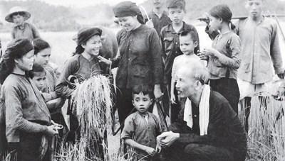 'Xóa đói, giảm nghèo', một cống hiến to lớn của Chủ tịch Hồ Chí Minh, của Đảng, Nhà nước cho nước ta và thế giới