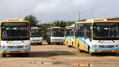 Tài xế xe buýt ngưng việc tập thể vì nợ lương