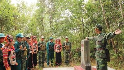 Bộ đội Biên phòng cùng người dân phát triển kinh tế, bảo vệ biên giới