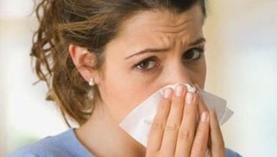 Giao mùa dễ mắc bệnh viêm đường hô hấp