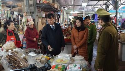 Không nhân nhượng với hành vi vi phạm an toàn thực phẩm