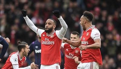 Arsenal thắng nhọc, Tottenham - Mourinho tiếp tục gây thất vọng