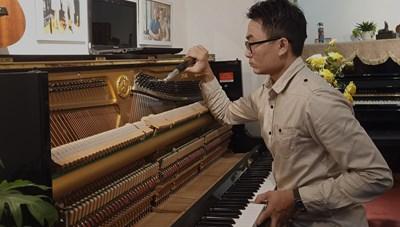 Thái Dũng - 'bác sĩ' của nhạc cụ
