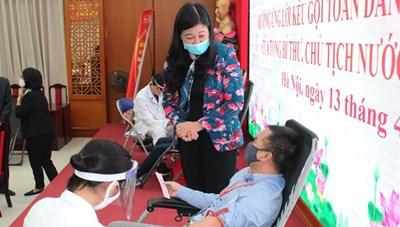 Mặt trận Hà Nội thu được 56 đơn vị máu từ người hiến máu tình nguyện