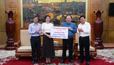 Mặt trận Bắc Giang tiếp nhận 15 tỷ đồng ủng hộ phòng, chống dịch Covid-19