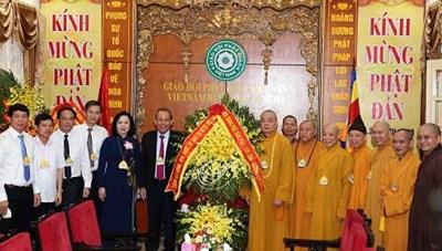 Phó Thủ tướng Thường trực Trương Hòa Bình thăm, chúc mừng Giáo hội Phật giáo Việt Nam