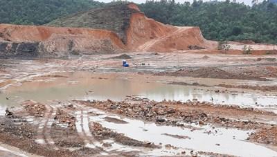 Khai thác đất trái phép ở Hữu Lũng - Lạng Sơn: Chính quyền bất lực hay bao che?