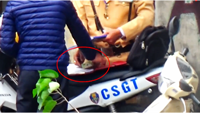 Chủ tịch UBND TP Hà Nội yêu cầu kiểm tra vụ clip nghi 'mãi lộ'