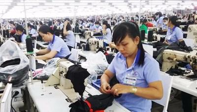 Cơ chế bảo vệ người lao động ở doanh nghiệp phá sản: Còn nhiều khoảng trống