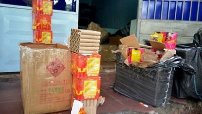 Công an Hà Tĩnh bắt giữ 91 người vì đốt pháo nổ trái phép