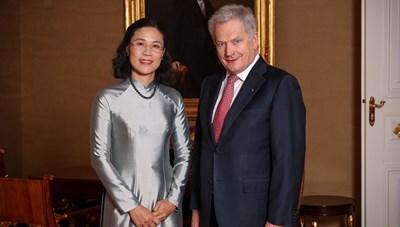 Đại sứ Việt Nam tại Phần Lan trình quốc thư