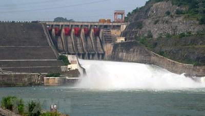Đảm bảo an toàn cho người dân khi Thủy điện Hòa Bình mở cửa xả đáy