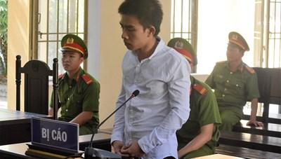 Đâm người yêu 18 nhát, nam thanh niên lĩnh 9 năm tù