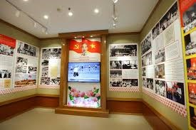 Trưng bày tư liệu quý về Chủ tịch Hồ Chí Minh