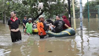 Indonesia: Mưa lũ,43 người thiệt mạng