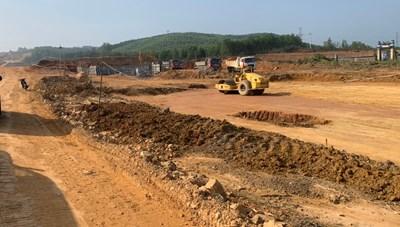 Thừa Thiên - Huế: Bàn giao mặt bằng sạch cho dự án cao tốc Cam Lộ - La Sơn vào tháng 6 tới