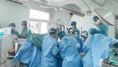 Bệnh viện Trung ương Huế thực hiện thành công 2 ca ghép tạng cùng lúc