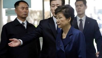 Hàn Quốc trực tiếp phiên tuyên án bà Park Geun-hye