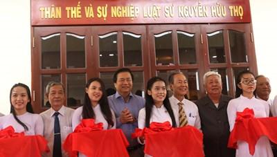 Khánh thành phòng trưng bày thân thế luật sư Nguyễn Hữu Thọ