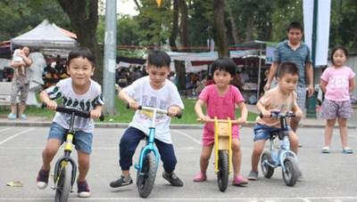 Khởi tranh giải đua xe đạp cho các em nhỏtừ 1 đến 6 tuổi