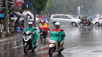 Miền Trung mưa to, miền Bắc tiếp tục rét