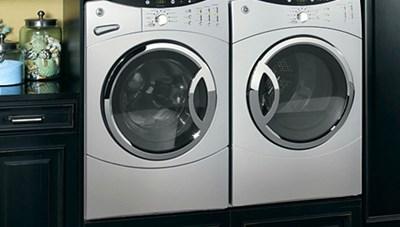 Mỹ áp thuế cao đối với pin mặt trời và máy giặt nhập khẩu