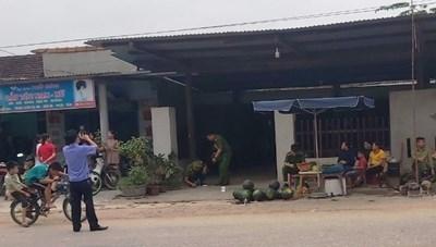 Hai thanh niên dùng súng tự chế bắn chủ nhà bị thương nặng