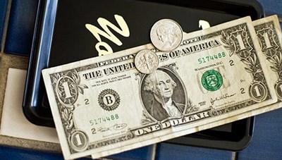 Người phụ nữ lỡ tay để lại tiền boa hơn 176 triệu đồng