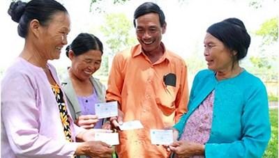 Tặng hơn 13,4 nghìn thẻ bảo hiểm y tế cho người khó khăn