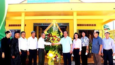 Phó Chủ tịch Ngô Sách Thực chúc mừng Đại lễ khai đạo Phật giáo Hoà Hảo