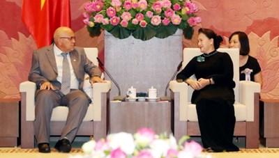Thắt chặt hơn quan hệ Việt Nam-Cuba