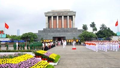 Lăng Chủ tịch Hồ Chí Minh mở cửa trở lại sau giãn cách xã hội từ 12/5