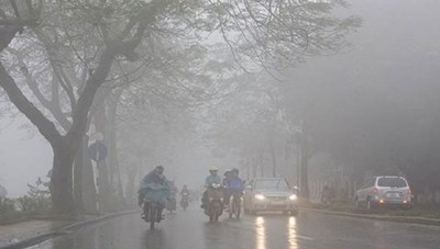 Lốc, sét, mưa đá và gió giật mạnh có khả năng xảy ra trong cả nước