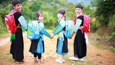 Tăng cường dạy tiếng Việt cho trẻ em dân tộc thiểu số
