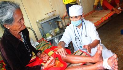 Tăng cường phòng chống hội chứng viêm da dày sừng bàn tay, bàn chân