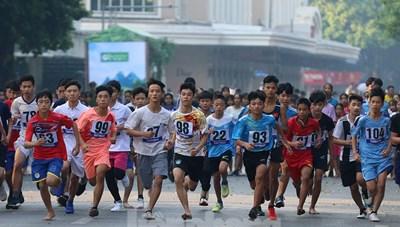 Giải chạy Báo Hà Nội mới mở rộng lần thứ 46 diễn ra sôi nổi
