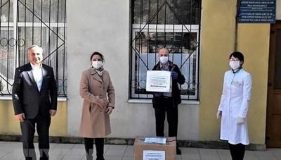 Công ty của người Việt tặng chính quyền Moldova 600 bộ xét nghiệm