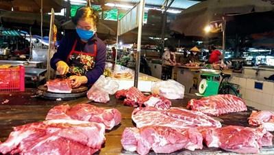 Giá thịt lợn chưa thể hạ ngay