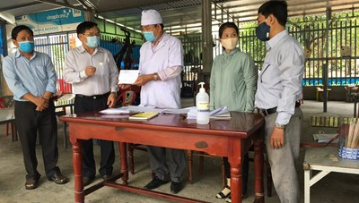 Mặt trận Ninh Thuận động viên các chốt kiểm soát dịch Covid-19