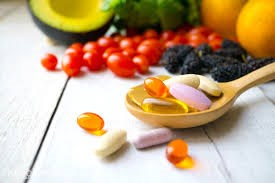 Cán bộ y tế không được quảng cáo thực phẩm chức năng