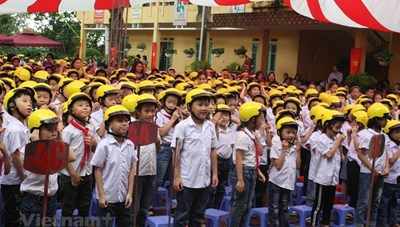 Tỷ lệ đội mũ bảo hiểm cho trẻ em còn thấp, mới chỉ đạt khoảng 50%