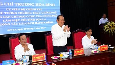 Phó Thủ tướng kiểm tra công tác cải cách hành chính tại Sơn La