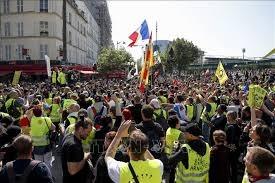 60% người Pháp muốn phe 'áo vàng'chấm dứt biểu tình