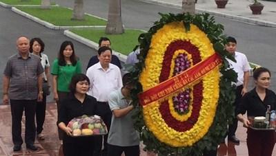 Bộ Y tế dâng hương kỷ niệm 72 năm Ngày Thương binh - Liệt sĩ