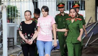Hotgirl người Nga điều hành đường dây bán dâm cao cấp tại Sài Gòn