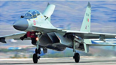 Ấn Độ, Nga tập trận không quân chung