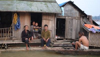 Bất cập tại những khu tái định cư làng chài- Kỳ 1: Nỗi niềm người vạn chài
