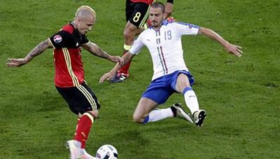 Bỉ 0-2 Italia: 'Thiên thanh' trừng phạt 'Quỷ đỏ'