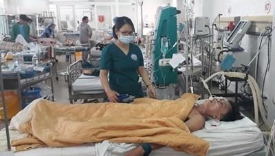 Bộ Y tế cung cấp thông tin về điều trị ngộ độc Methanol