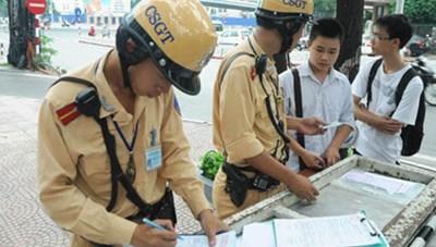 Cảnh sát giao thông Hà Nội lập biên bản vi phạm nhiều nhất nước